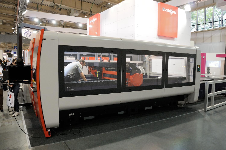 Bardzo dobry Zakup lasera do blach -relacja z targów - cnc.info.pl - FORUM CNC AH02